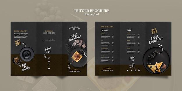 Moody comida restaurante com três dobras brochura conceito mock-up