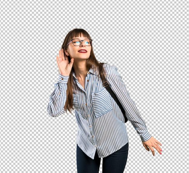 Mulher, com, óculos, escutar, algo, pondo mão, ligado, a, orelha