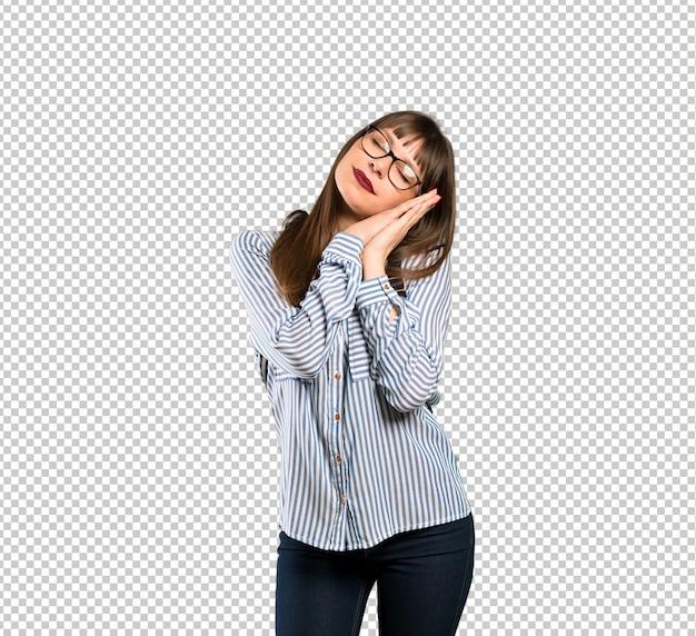 Mulher, com, óculos, fazendo, sono, gesto, em, dorable, expressão
