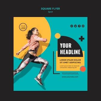 Mulher esportiva correndo modelo de folheto quadrado