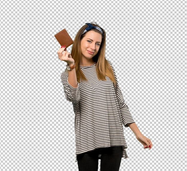 Mulher jovem, com, headscarf, segurando, um, carteira
