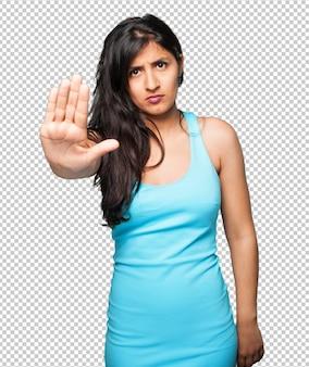 Mulher latina, fazendo parar, gesto