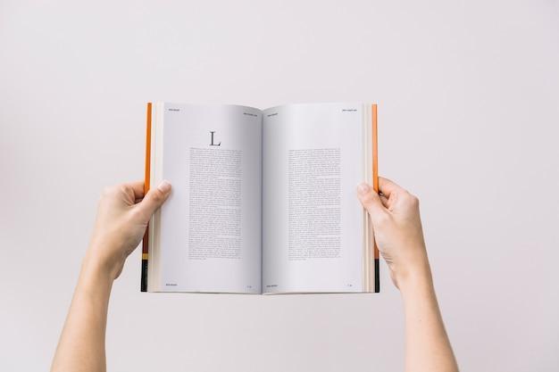 Mulher, livro, mockup