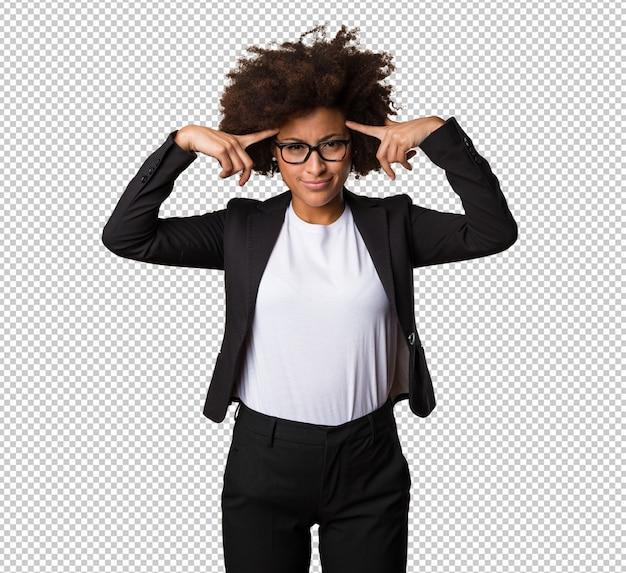 Mulher negra de negócios a pensar
