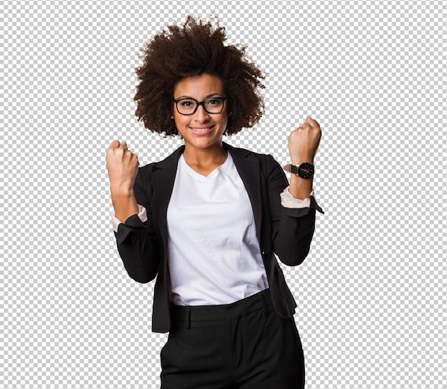 Mulher negra de negócios fazendo gesto de vencedor