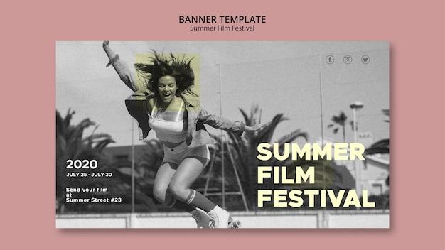 Mulher pulando modelo de banner festival de cinema de verão