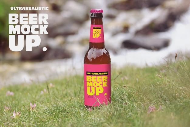 Natureza grama cerveja maquete