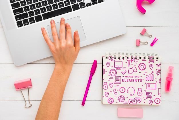 Notebook com mensagem poderosa