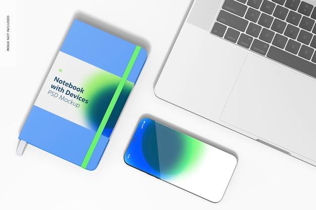 Notebook com mockup de dispositivos, perspectiva