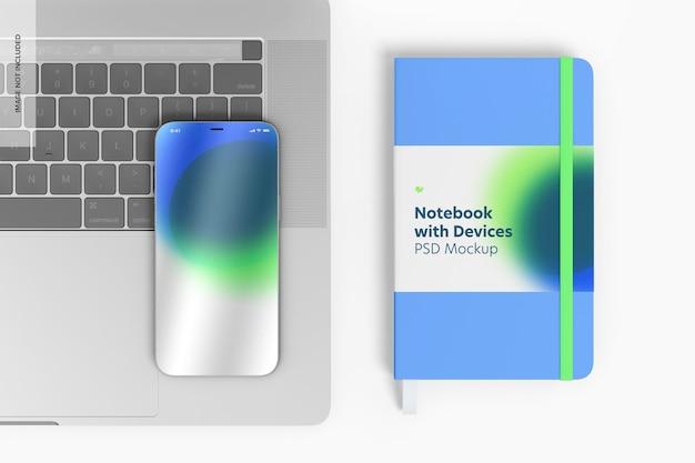 Notebook com mockup de dispositivos, vista superior