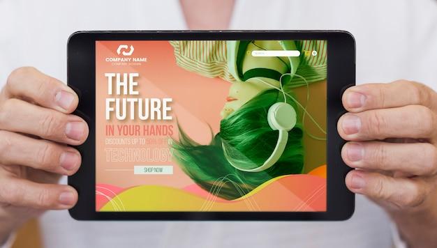 O futuro em suas mãos na maquete do tablet