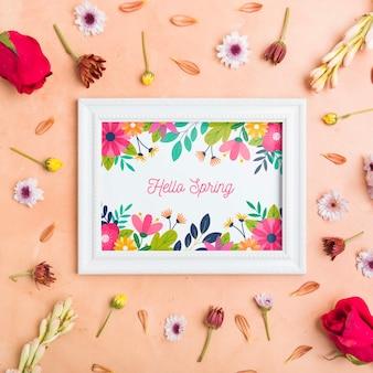 Olá quadro primavera cercado por flores