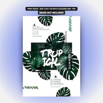 Panfleto de festa de noite de verão com planta tropical