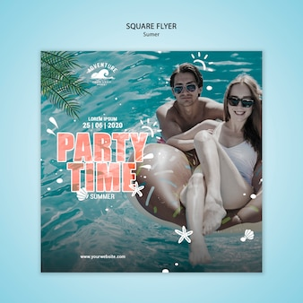 Panfleto quadrado de conceito de verão