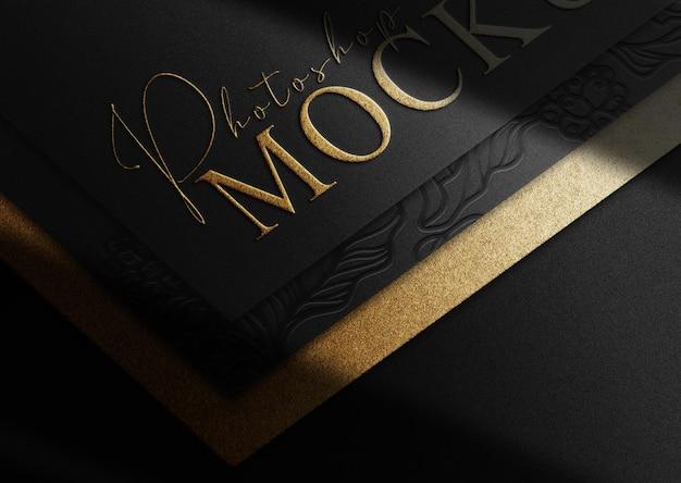 Papéis de luxo em relevo dourado com vista em perspectiva de maquete