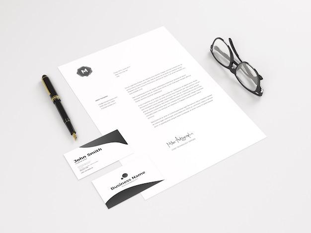 Papel a4 com cartão de visita maquete