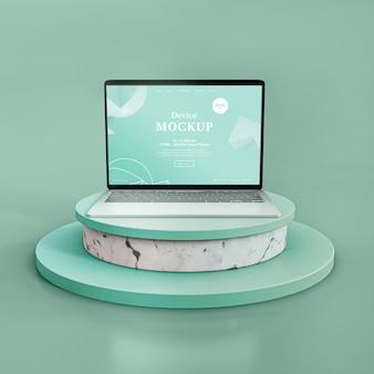 Pedra abstrata e laptop