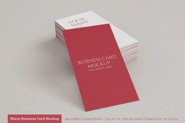Pilha realista e editável da maquete de cartão de visita texturizado vertical 90x50