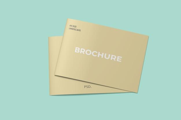 Pilhas de maquetes de brochuras com duas dobras de paisagem