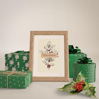Pintura com maquete de presentes