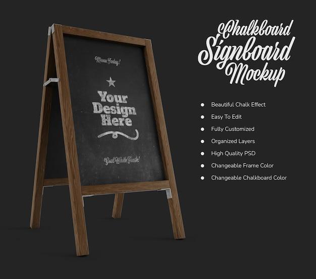 Placa de café em pé com maquete de quadro negro