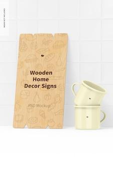 Placa de madeira para decoração de interiores com maquete de canecas