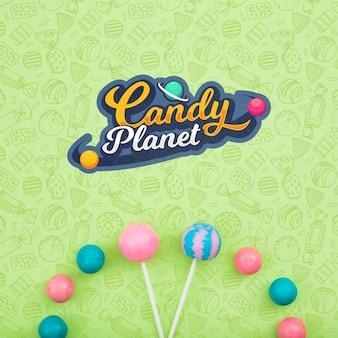Planeta de doces e variedade de pirulitos