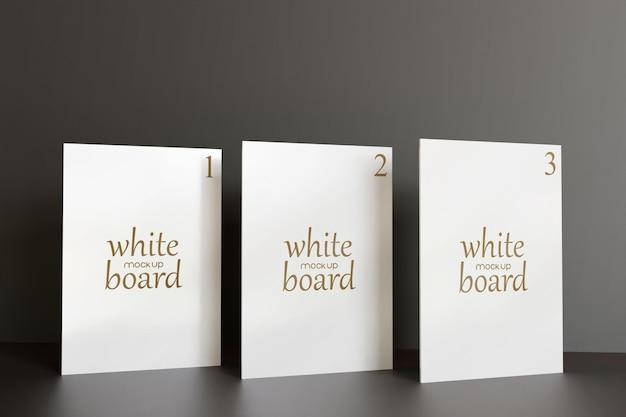Pôster de maquete de três quadros brancos