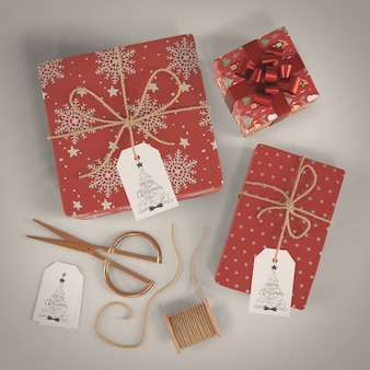 Presentes de embrulho decorativos para o natal