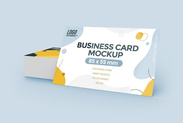 Projeto de maquete de cartão de visita plana isolado