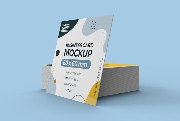 Projeto de maquete de cartão de visita plano quadrado isolado