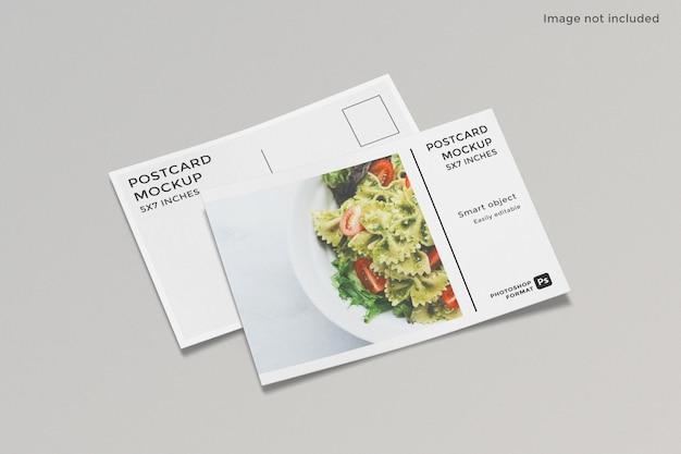 Projeto de maquete de cartão postal isolado