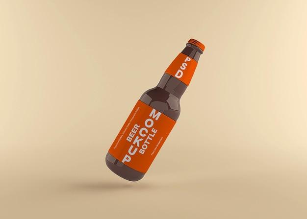 Projeto de maquete de rótulo de garrafa de cerveja isolado