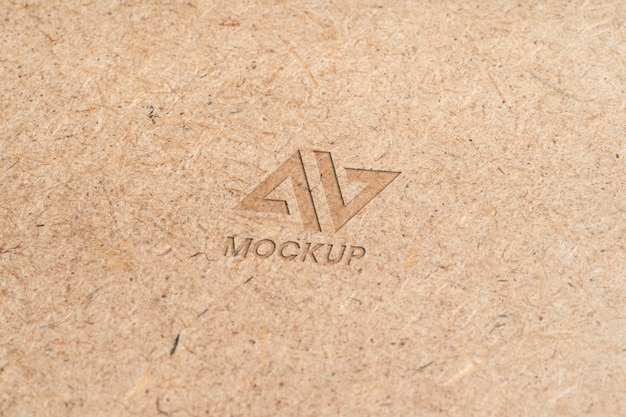 Projeto do logotipo do mock-up em letras maiúsculas