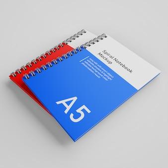 Pronto para usar dois empilhados bussiness capa dura espiral a5 binder notebook mock up modelo de design no topo direito perspectiva