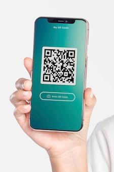 Psd de maquete de tela de smartphone mostrando um código qr
