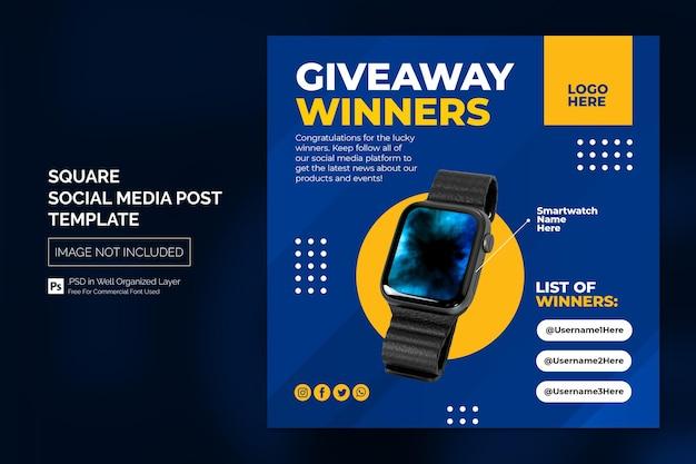 Publicação de anúncio do vencedor nas mídias sociais ou modelo de banner quadrado da web