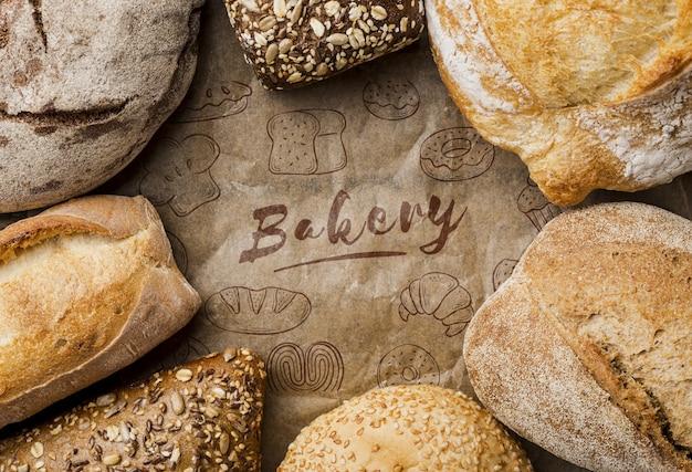 Quadro de pão fresco na mesa