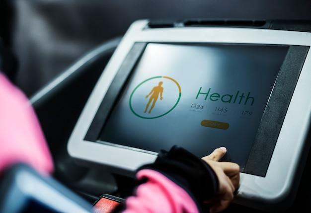 Rastreador de saúde na ferramenta de exercício