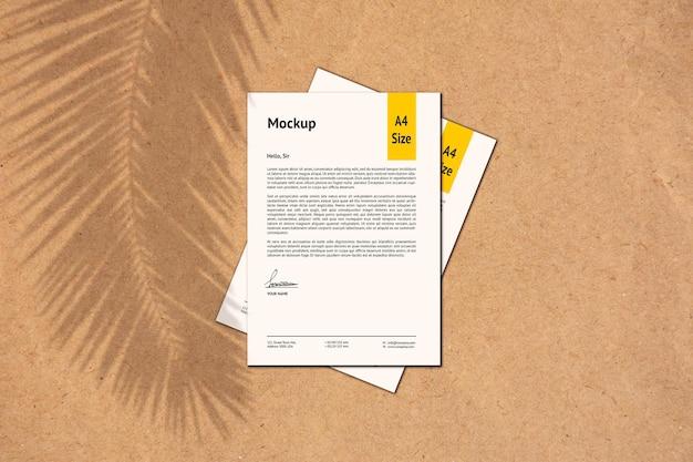Renderização de projeto de maquete de papel a4 isolada
