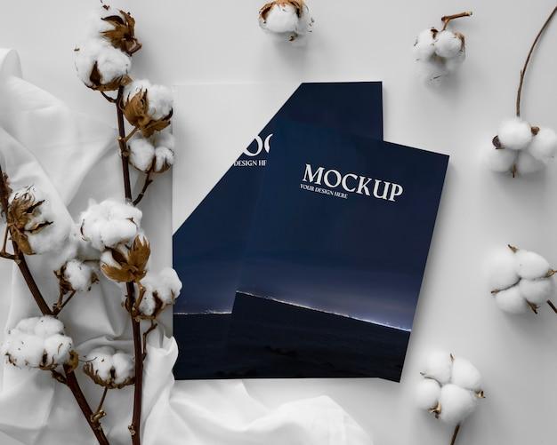 Revistas e arranjos de algodão