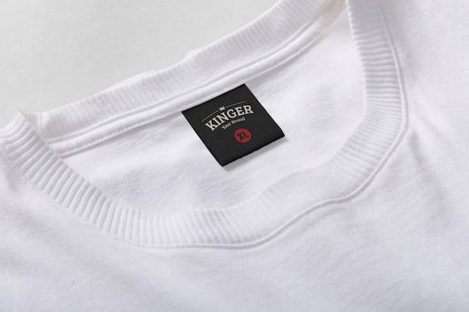 Rótulo de gola da t-shirt da maquete do logotipo