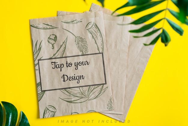 Sacos de papel marrom maquete artesanato para embalagens