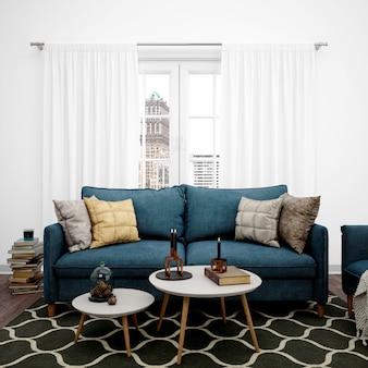 Sala de estar com sofá elegante e janela grande, livros empilhados no chão