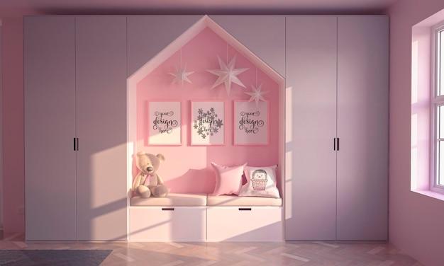 Sala infantil cor-de-rosa com pôster de maquete e lâmpadas de estrelas