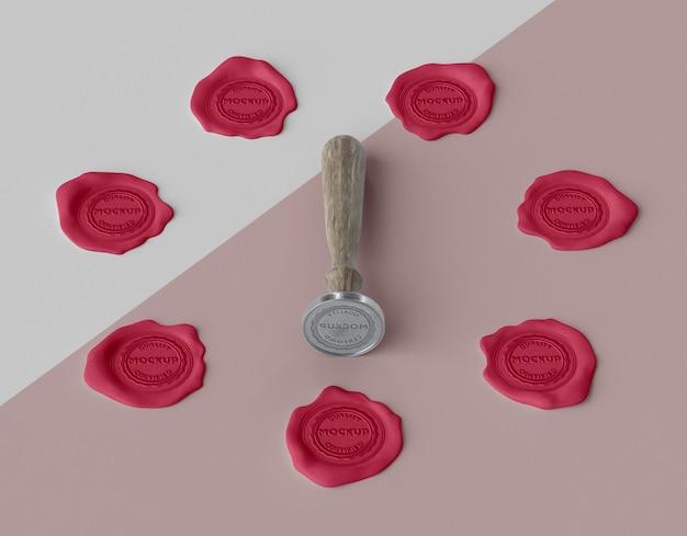 Selo de mock-up para arranjo de envelope