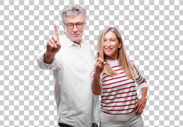 Senior legal marido e mulher sorrindo e olhando satisfeito e feliz