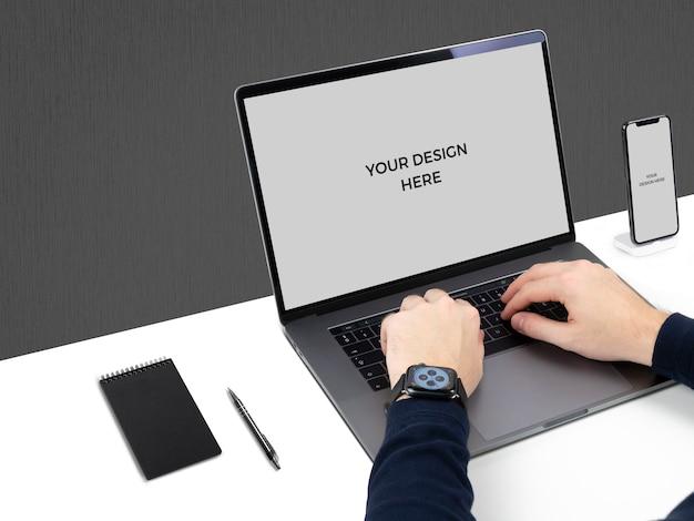 Simulação de laptop