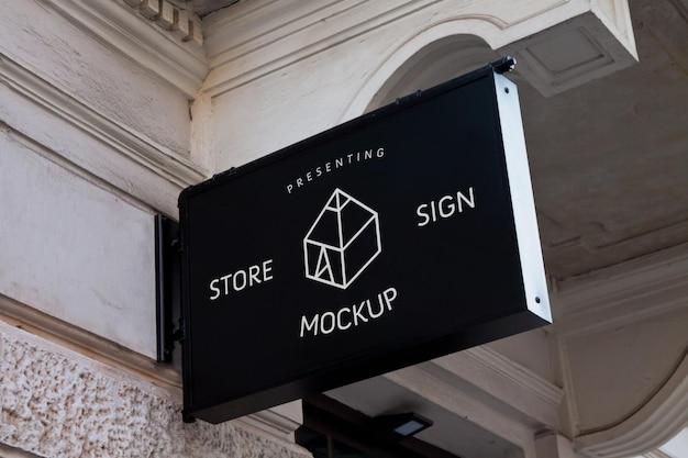 Simulações de placas de loja