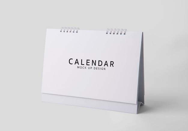 Simulado em branco modelo de calendário no fundo branco psd.